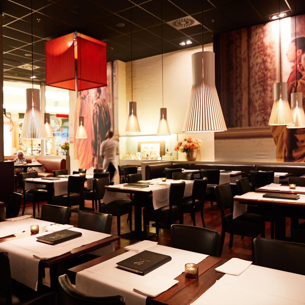 Caros - menu - interieur tafels